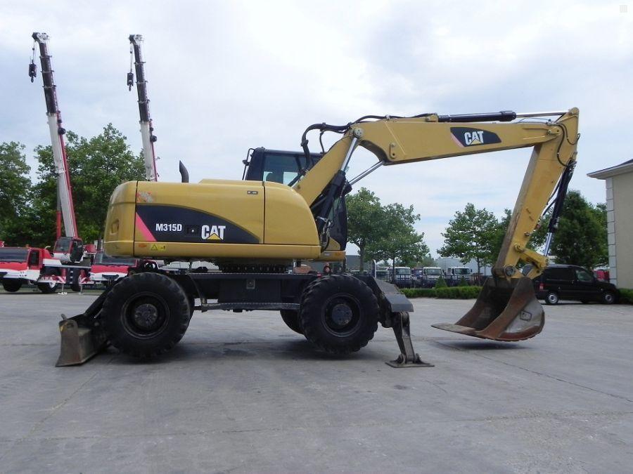 Аренда колесного экскаватора Caterpillar M315D в Москве и Московской области