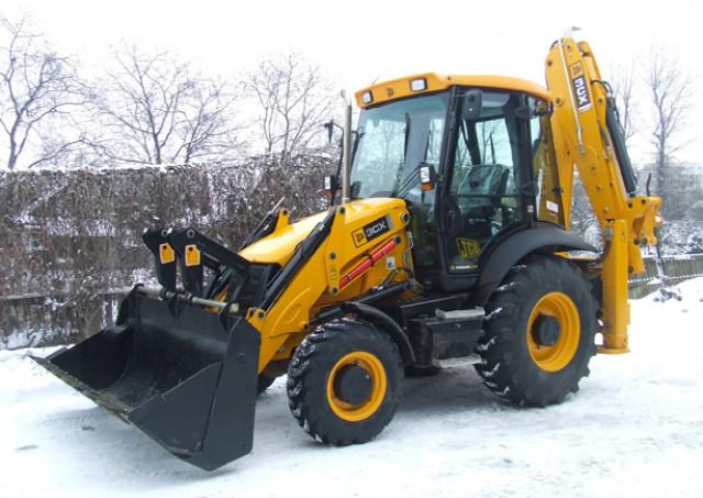 Аренда трактора для снега — качественная и быстрая уборка территорий