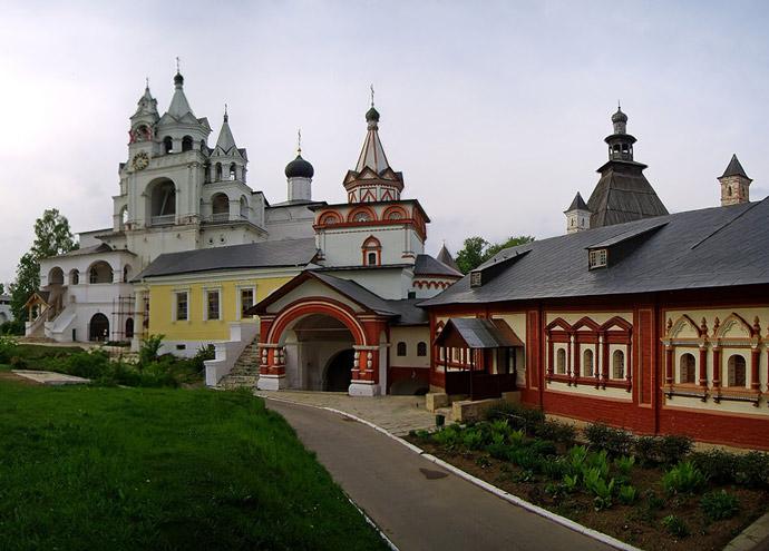 Аренда спецтехники в Звенигороде